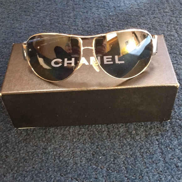 75f9c90795c3 CHANEL Accessories - Chanel vintage aviator sunglasses
